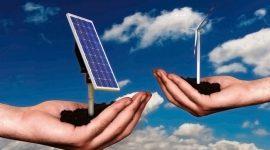 """Energie rinnovabili: incontriamo Lucia Navone, autrice de """"Il sole, le ali e la civetta"""""""