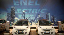 Auto elettriche, 20 nuove colonnine in Emilia Romagna grazie a Enel, Regione e Comuni