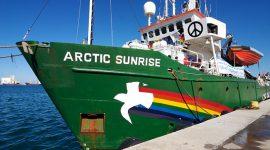 Aiuta Greepeace e sostieni chi pesca sostenibile. Il tour della rompighiaccio Arctic Sunrise