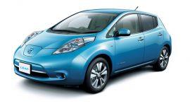 La mobilità elettrica in Italia (senza incentivi) non decolla. Nissan ci prova con Leaf
